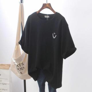スマイル Tシャツ 黒 ペアルック ブラック 韓国 半袖(Tシャツ(半袖/袖なし))