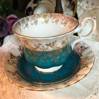 ロイヤルアルバート(ROYAL ALBERT)の金彩の美しい ロイヤルアルバート カップ&ソーサー リーガルシリーズ グリーン(グラス/カップ)