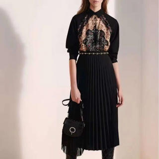 レッドヴァレンティノ(RED VALENTINO)のSALE‼️韓国ファッション プリーツ ワンピース ドレス スカーフ 黒(ロングワンピース/マキシワンピース)