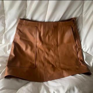 エイチアンドエム(H&M)のレザースカート(ミニスカート)