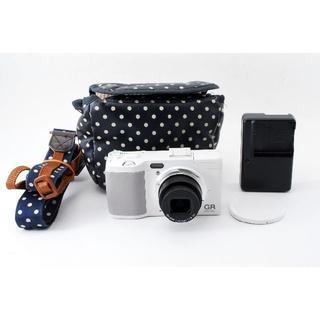 リコー(RICOH)のRicoh GR Digital IV ホワイト コンデジ カメラ(コンパクトデジタルカメラ)