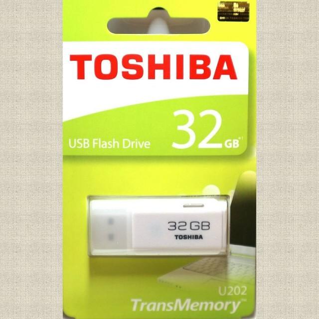 東芝(トウシバ)の東芝 USBメモリ 32GB スマホ/家電/カメラのPC/タブレット(PC周辺機器)の商品写真