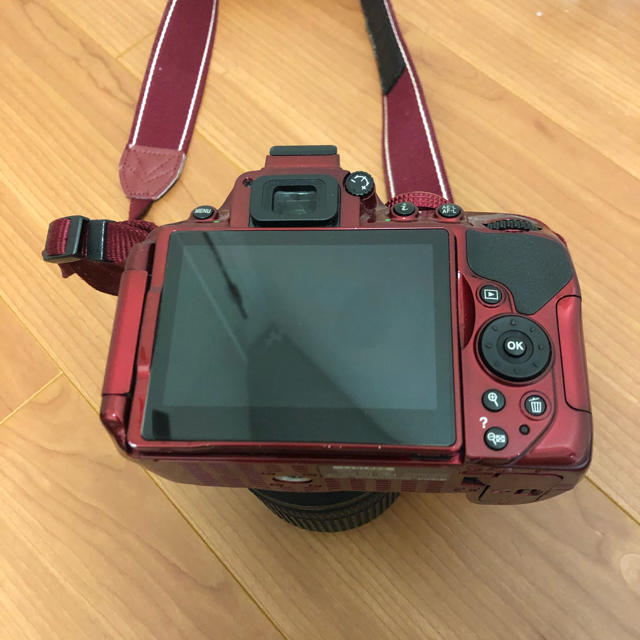 Nikon(ニコン)のNikon D5300  AF-S DX NIKKOR 18-140mm セット スマホ/家電/カメラのカメラ(デジタル一眼)の商品写真