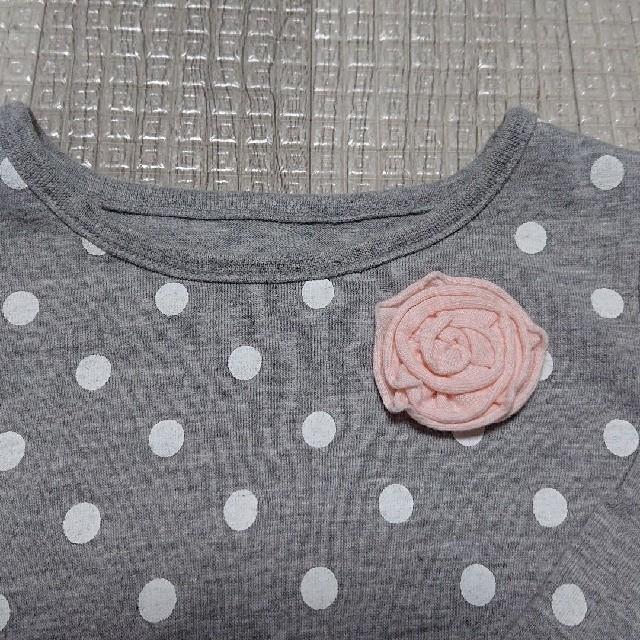 トップス ロング Tシャツ ロンT カットソー 長袖 チュール コサージュ 80 キッズ/ベビー/マタニティのベビー服(~85cm)(シャツ/カットソー)の商品写真