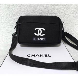 CHANEL - キャンバスショルダーバッグ ノベルティバック ブラック黒シャネルCHANEL