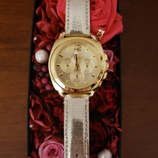 コーチ(COACH)の新品未使用★COACH★シャイニーゴールド腕時計(腕時計)