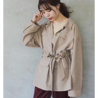 カスタネ(Kastane)の4ポケットベルトジャケット(その他)