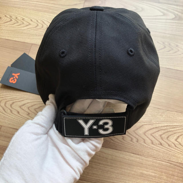 Y-3(ワイスリー)の新品 新作!! Y-3 CH1 CAP キャップ ロゴ CAP ブラック メンズの帽子(キャップ)の商品写真
