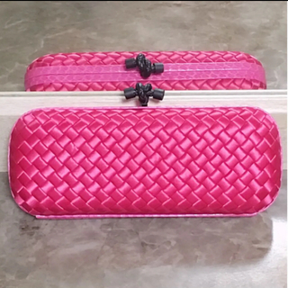Bottega Veneta - 定価20万円以上!ボッテガヴェネタ♡新品未使用♡本物♡クラッチ♡クラッチバッグ♡