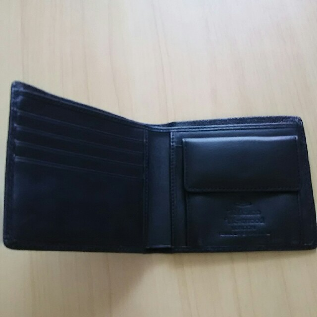 Vivienne Westwood(ヴィヴィアンウエストウッド)のヴィヴィアンウエストウッド 二つ折り財布 レディースのファッション小物(財布)の商品写真
