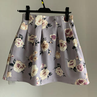 ダズリン(dazzlin)のボンディング花柄スカート(ミニスカート)
