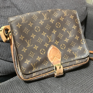 LOUIS VUITTON - ルイヴィトン  斜めがけバッグ