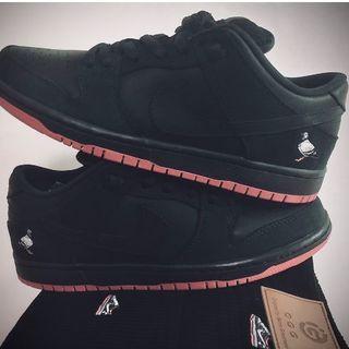 NIKE SB DUNK LOW black pigeon 883232-008(スニーカー)