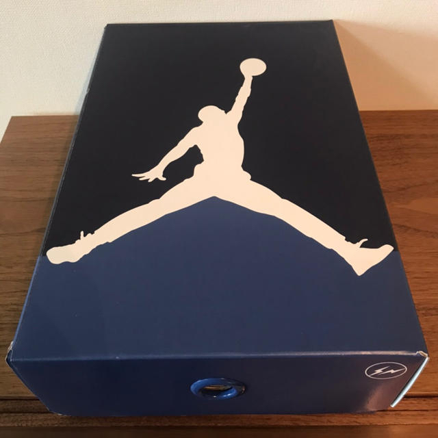 NIKE(ナイキ)のNIKE AIR JORDAN 3 × FRAGMENT 26.5cm メンズの靴/シューズ(スニーカー)の商品写真