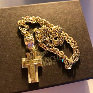 アヴァランチ(AVALANCHE)のAVALANCHE 10K イエローダイヤモンド クロストップ ネックレス(ネックレス)