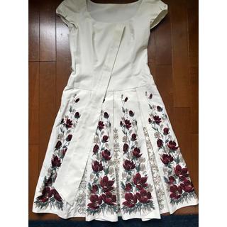 ストロベリーフィールズ(STRAWBERRY-FIELDS)の花柄ドリープワンピース(ひざ丈ワンピース)