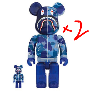 アベイシングエイプ(A BATHING APE)のBAPE CLEAR ABC CAMO SHARK BE@RBRICK 400%(フィギュア)