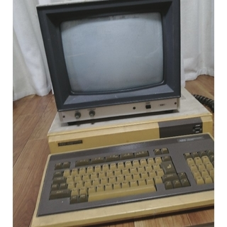 エヌイーシー(NEC)のPC-8801 本体セット(PCゲームソフト)