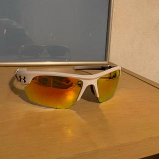 アンダーアーマー(UNDER ARMOUR)のアンダーアーマー サングラス 袋 ケース付き(サングラス/メガネ)