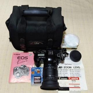 キヤノン(Canon)のキャノン EOS Kiss フィルム一眼レフカメラ、シグマズームレンズ(フィルムカメラ)