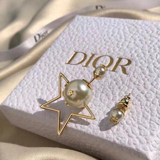 Dior - クリスチャンディオール  パールピアス パール dior