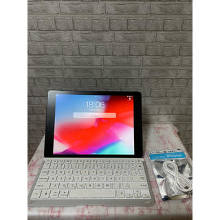 iPad - 【美品】iPad Air 64GB Wi-Fiモデル(キーボード付き)