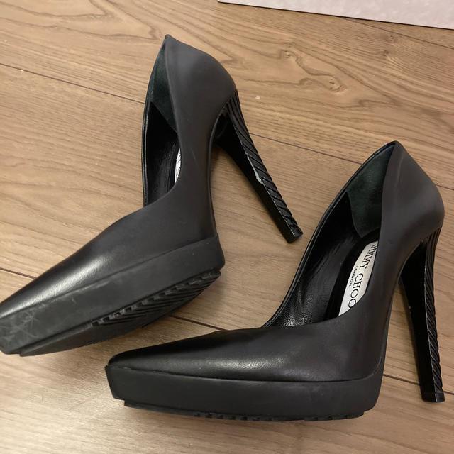 JIMMY CHOO(ジミーチュウ)のジミーチュウ パンプス レディースの靴/シューズ(ハイヒール/パンプス)の商品写真