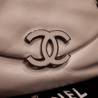 CHANEL - CHANEL チェーンショルダーバッグ✨正規美品✨