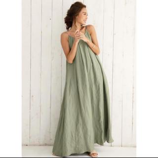 アリシアスタン(ALEXIA STAM)のALEXIASTAM Linen Summer Maxi Dress Khaki(ロングワンピース/マキシワンピース)