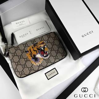 Gucci - 新品 2018AW GUCCI GG Supreme iPhone pouch