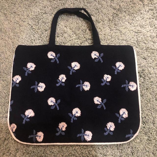 mina perhonen(ミナペルホネン)のminaperhonen  ミナペルホネン  skip レッスンバッグ レディースのバッグ(トートバッグ)の商品写真