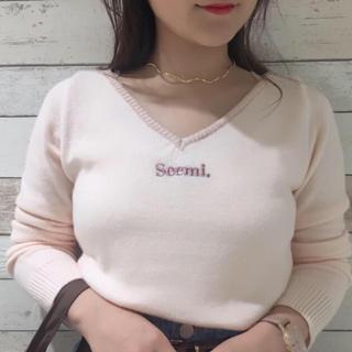 NICE CLAUP - Seemi.by NICE CLAUP Vネックニット