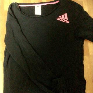 アディダス(adidas)のadidas❤︎Tシャツ(Tシャツ(長袖/七分))