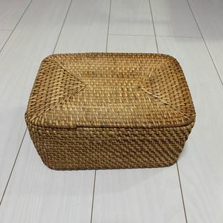 MUJI (無印良品) - 無印良品 重なる ラタン 長方形 ボックス バスケット かご ふた付き MUJI