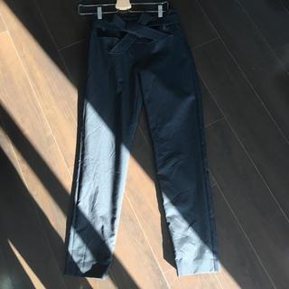 イエナ(IENA)のウィムガゼット whimgazette サイズ36 テーパードパンツ ブラック黒(その他)