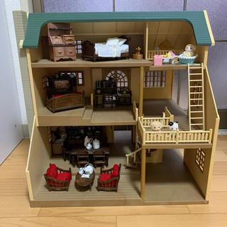 EPOCH - ☆シルバニアファミリー 緑の丘のすてきなお家&クラシック家具7点セット☆