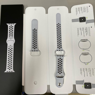 Apple Watch - アップルウォッチ 40mm用ピュアプラチナム/ブラックNikeスポーツ バンド