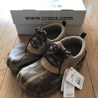 クロックス(crocs)の新品 箱付き クロックス axle 24cm(スニーカー)