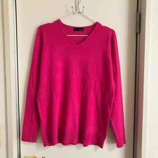 ビビッドピンク・セーター