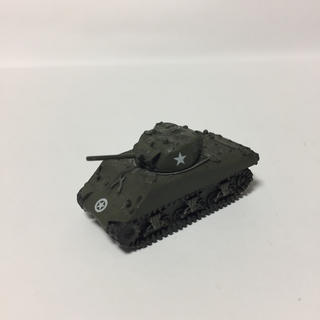 カイヨウドウ(海洋堂)の1/144 M4A3 シャーマン 単色迷彩 ワールドタンクミュージアム8弾(模型/プラモデル)