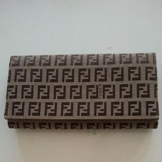 フェンディ(FENDI)の美品 フェンディ 長財布(長財布)