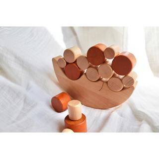 《月のおもちゃ》知育玩具 木のおもちゃ 木製おもちゃ ハンドメイド