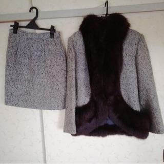 フォクシー(FOXEY)のファー付き ジャケット&スカート/ セットアップ  MADE IN ITALY (毛皮/ファーコート)