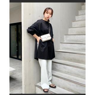 フーズフーギャラリー(WHO'S WHO gallery)のサイドスリットトップス(Tシャツ(長袖/七分))