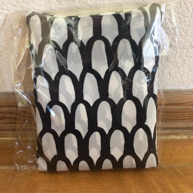 marimekko(マリメッコ)の【新作】marimekko マリメッコ エコバッグ スオム Suomu うろこ レディースのバッグ(エコバッグ)の商品写真
