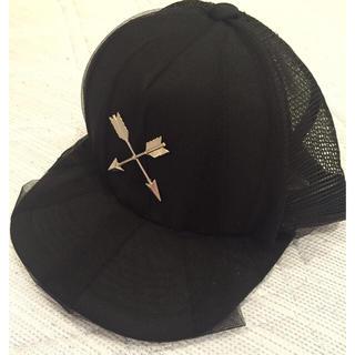 ミルクボーイ(MILKBOY)のCROSS ARROW CAP(キャップ)