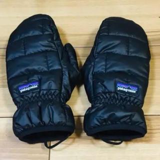 パタゴニア(patagonia)のパタゴニア   ナノパフ ダウン手袋 ブラック S ほぼ新品(手袋)