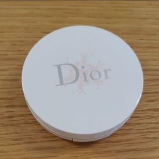 Christian Dior - ディオール  スノー パーフェクト ライト コンパクト ファンデーション 1W