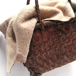mina perhonen - 新品 ラムスキン✨ダブルフェイス ムートン かごバッグ用被せエバゴスなどにどうぞ