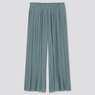 UNIQLO - プリーツスカートパンツ(グリーン)
